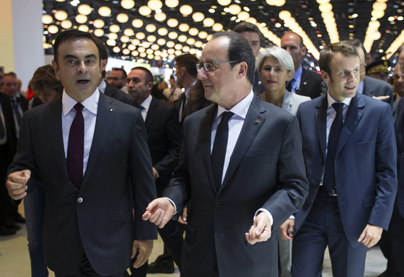 vf_carlos_ghosn_hollande_9492
